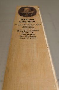Bild und Text auf Holz