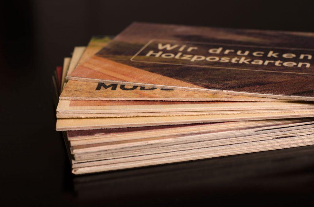 Holzpostkarte aus Birkenholz
