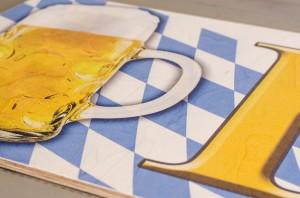 Bierglas mit Rautenmuster