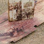 Holzplanken mit Bildern