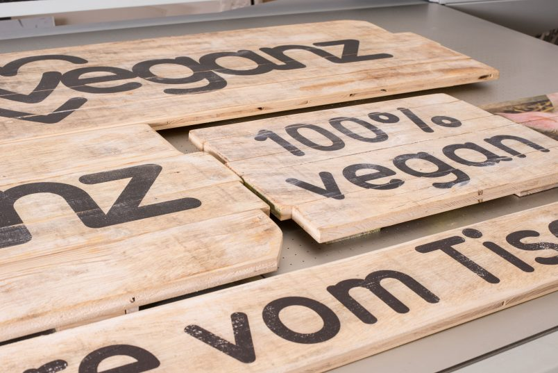 bedruckte Holzlatten