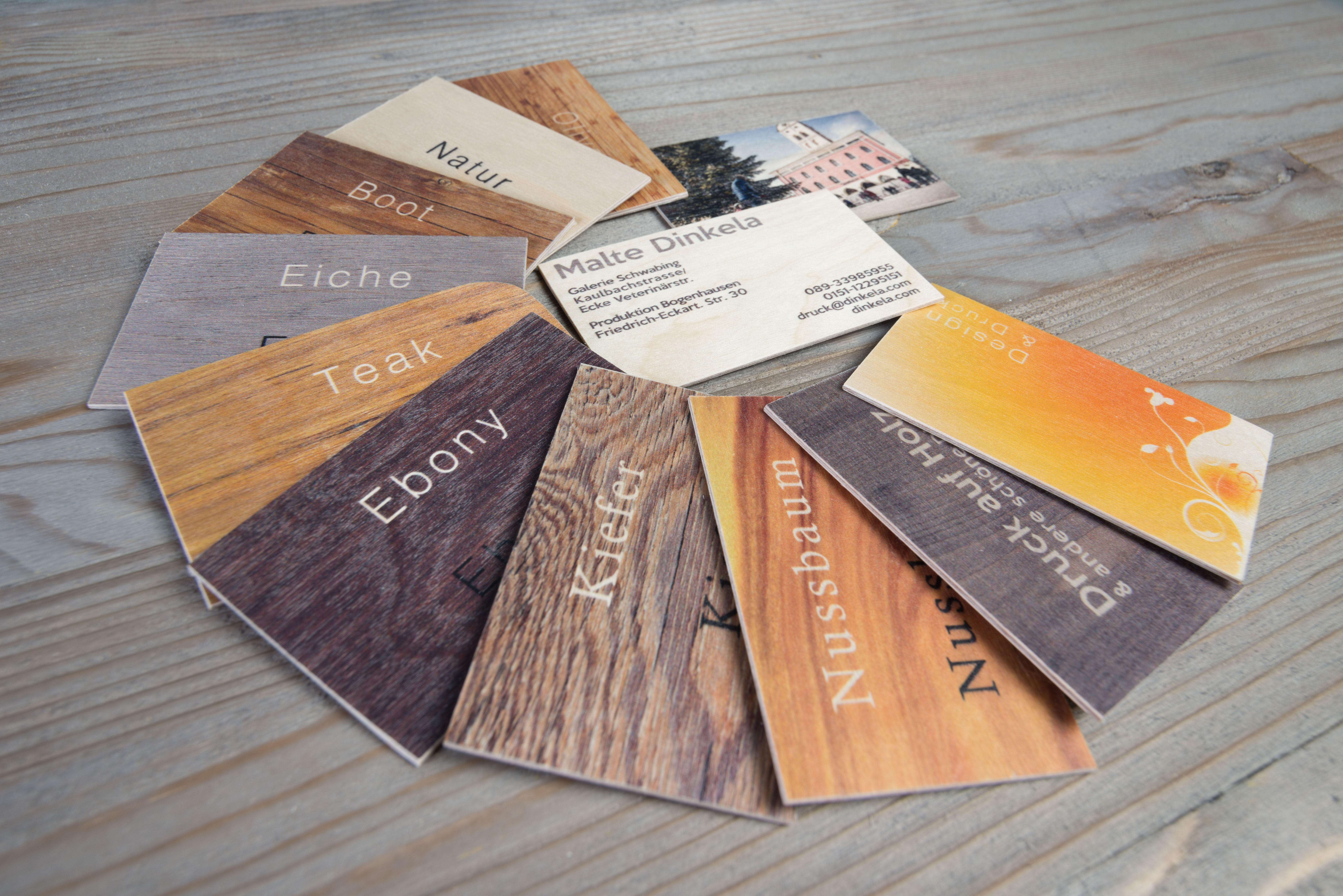 eleganze Visitenkarten aus Holz