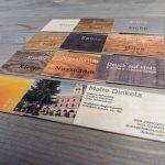 Verschiedene Holzsorten bei Holzvisitenkarten