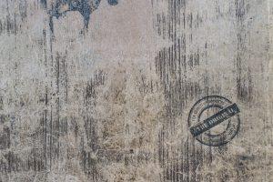Logodruck auf Holz