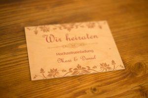 Holzpostkarte Hochzeit