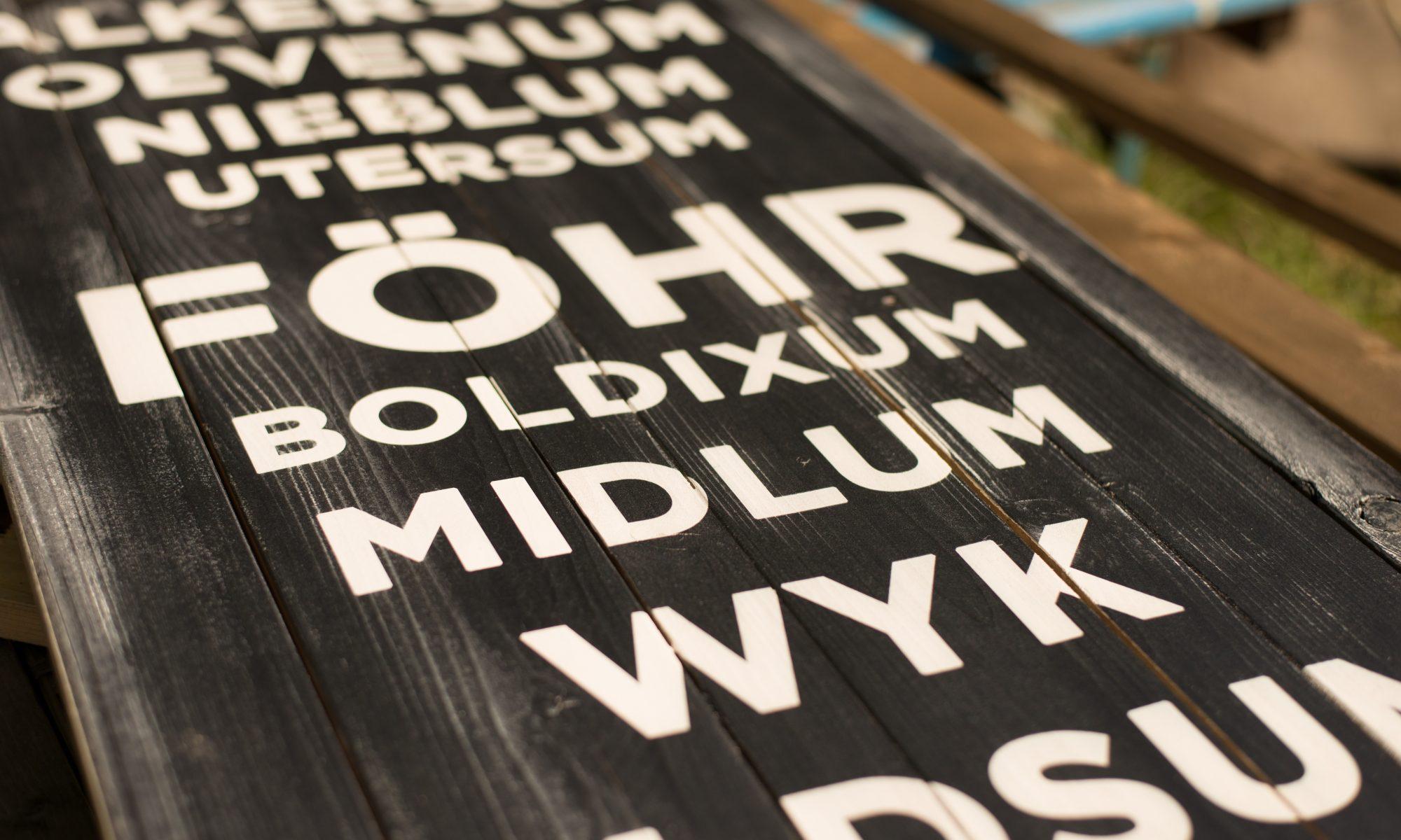 Grafikdruck auf Holzlatten