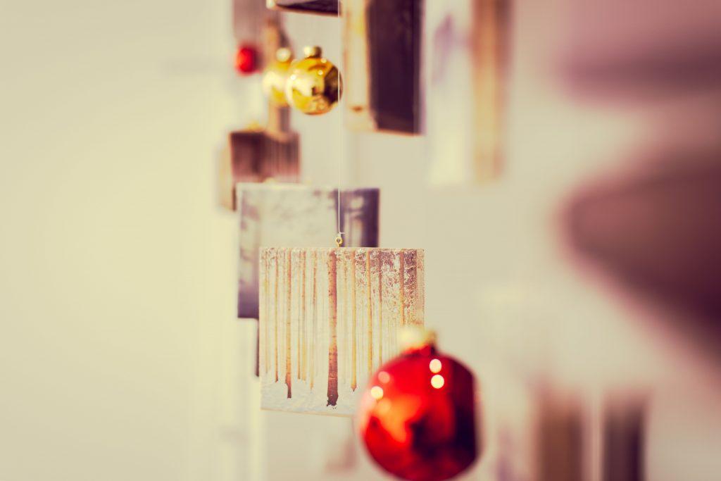Holzdrucke als Weihnachtsdeko