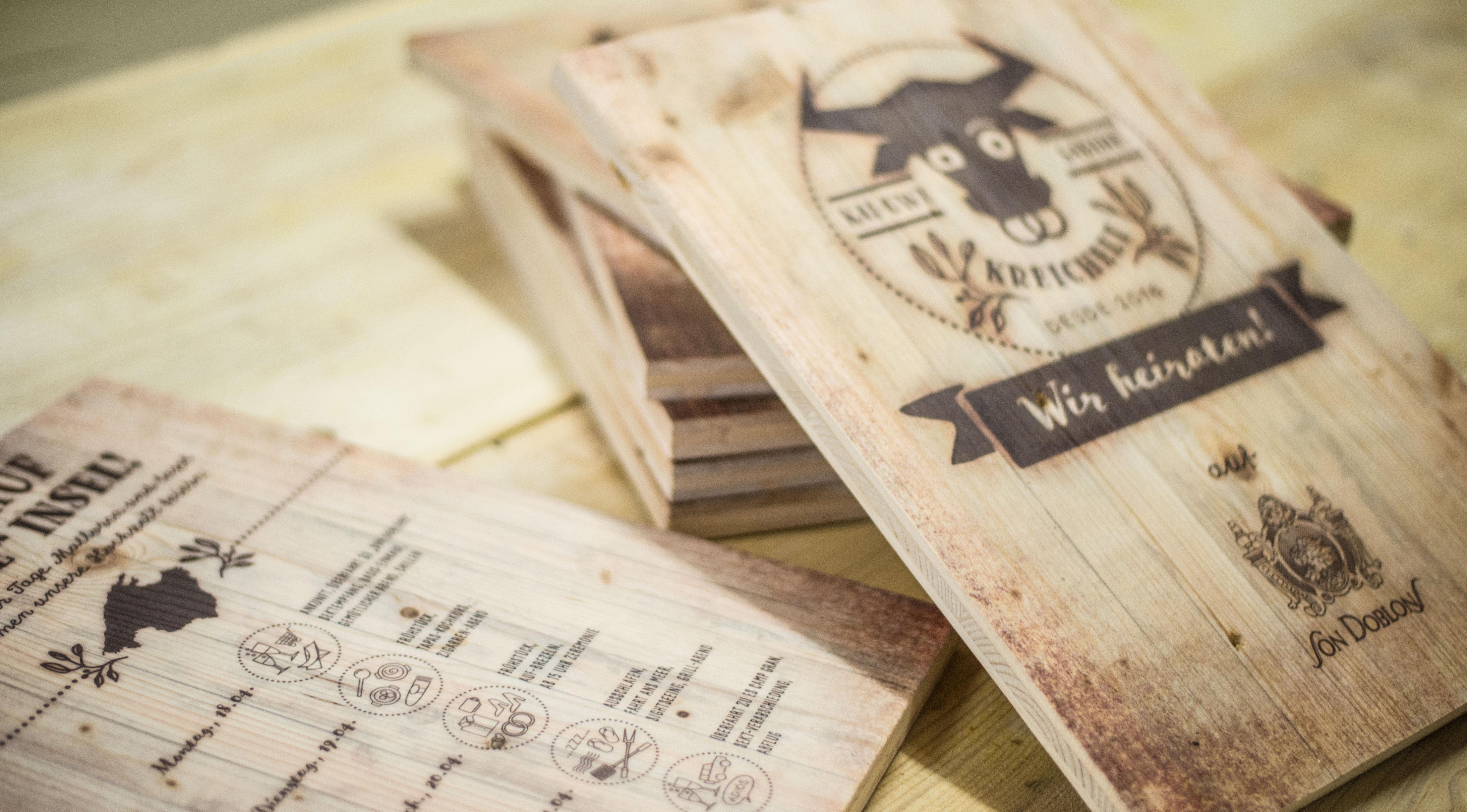 Perfekt Einladungen Für Hochzeit Aus Holz. 28. Februar 2016 7360 × 4074  Hochzeitsideen Im Holzdruck