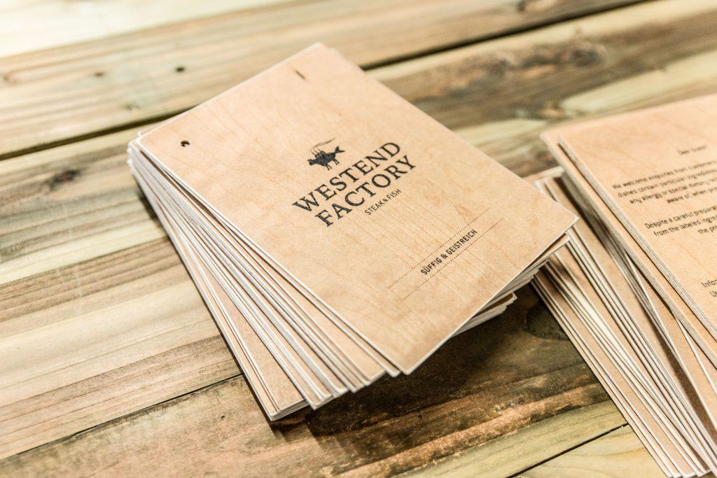 Weinkarten aus Holz