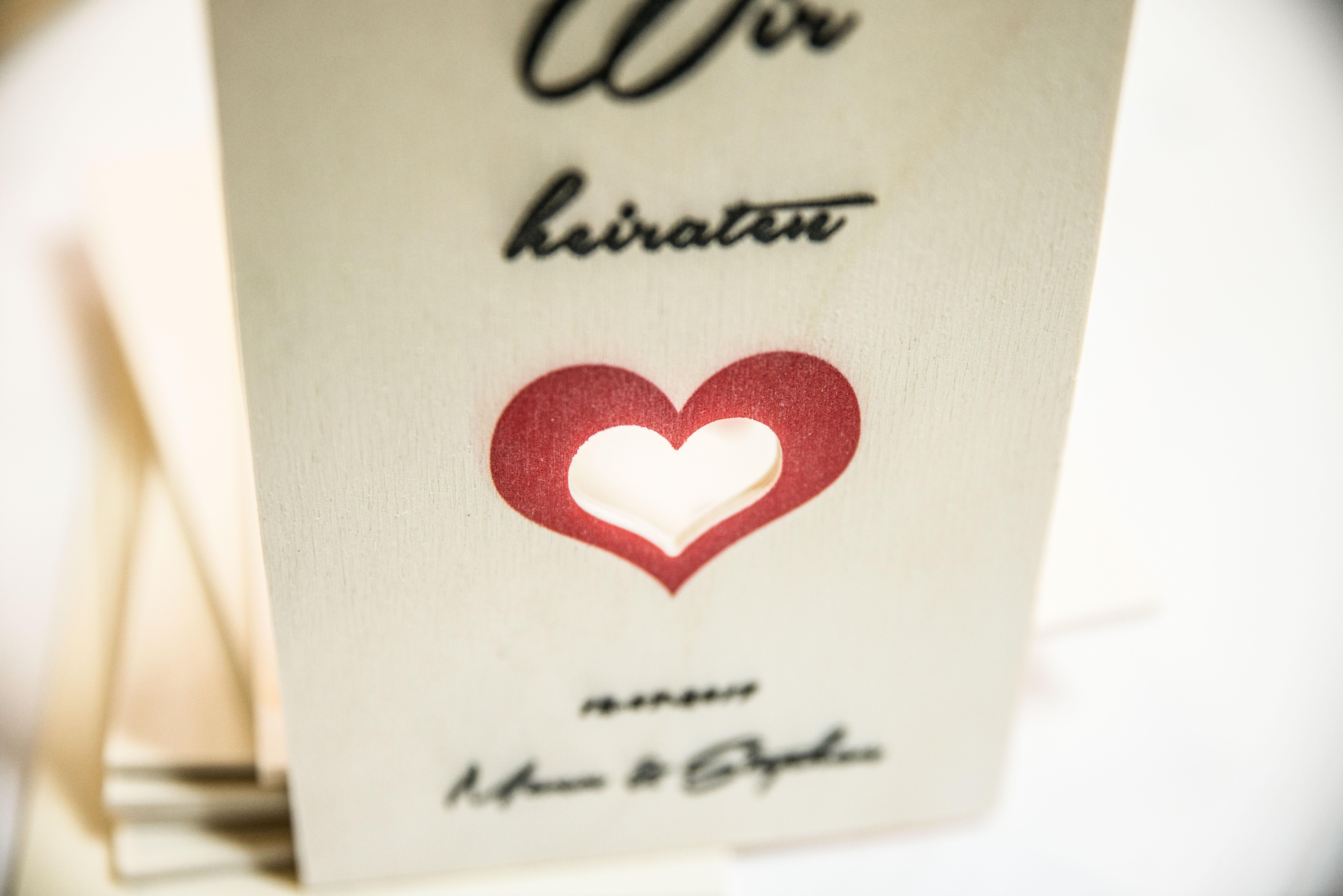 Holzpostkarte mit Kontur