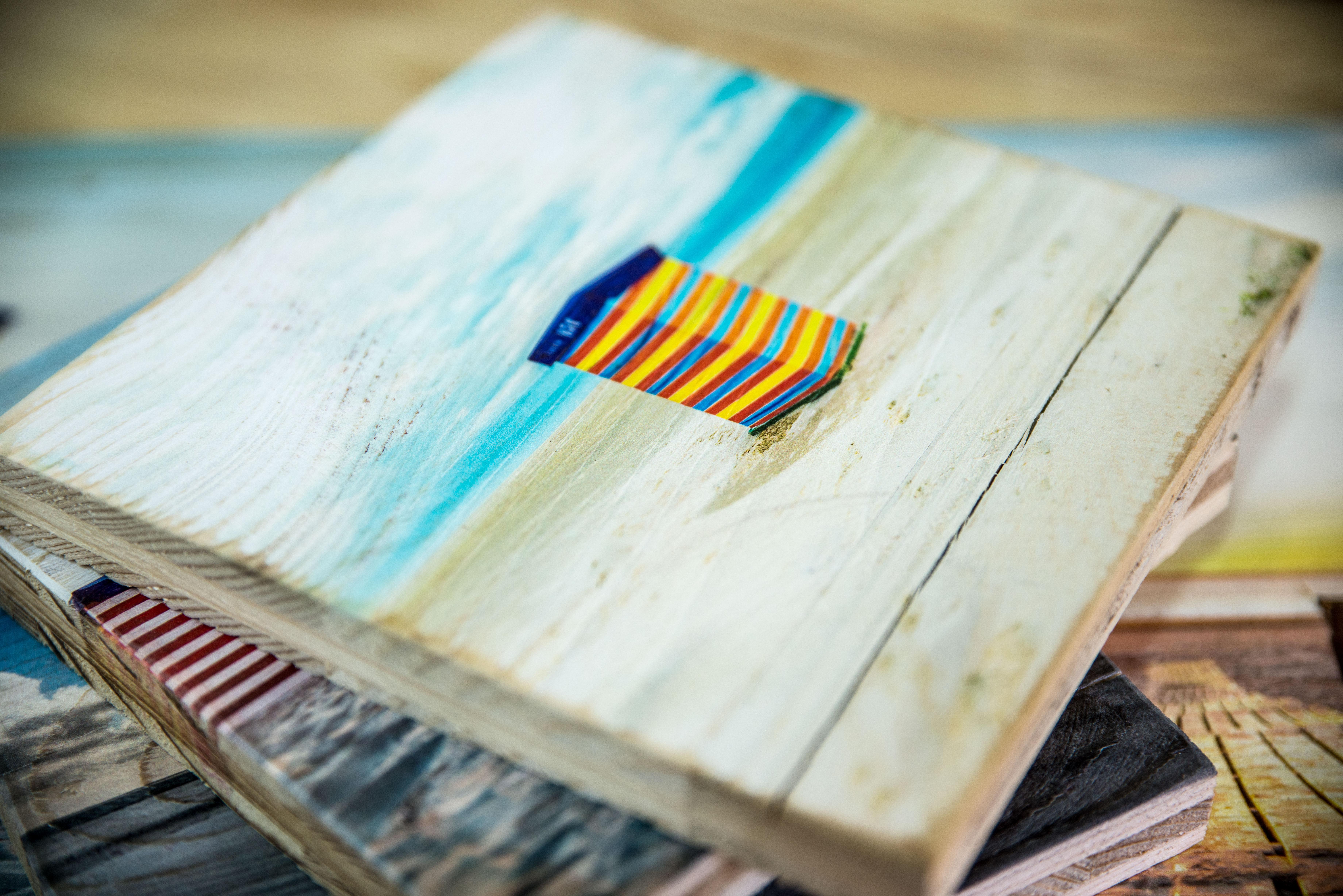 Ein Holzdruck auf Altholz im Format 20x20 cm