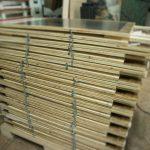 Kundenstopper aus Holz bereit für den Versand