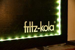 Für Fritz Kola hergestellte Holztafel mit umlaufender LED Beleuchtung