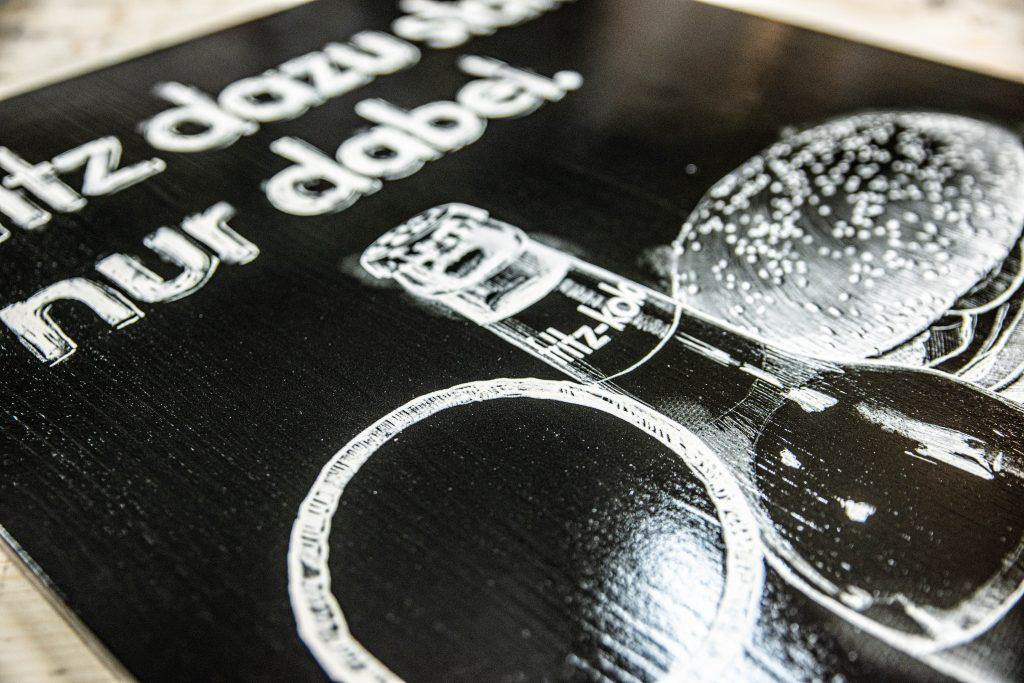 Beschreibbare Tafel in schwarzweiß