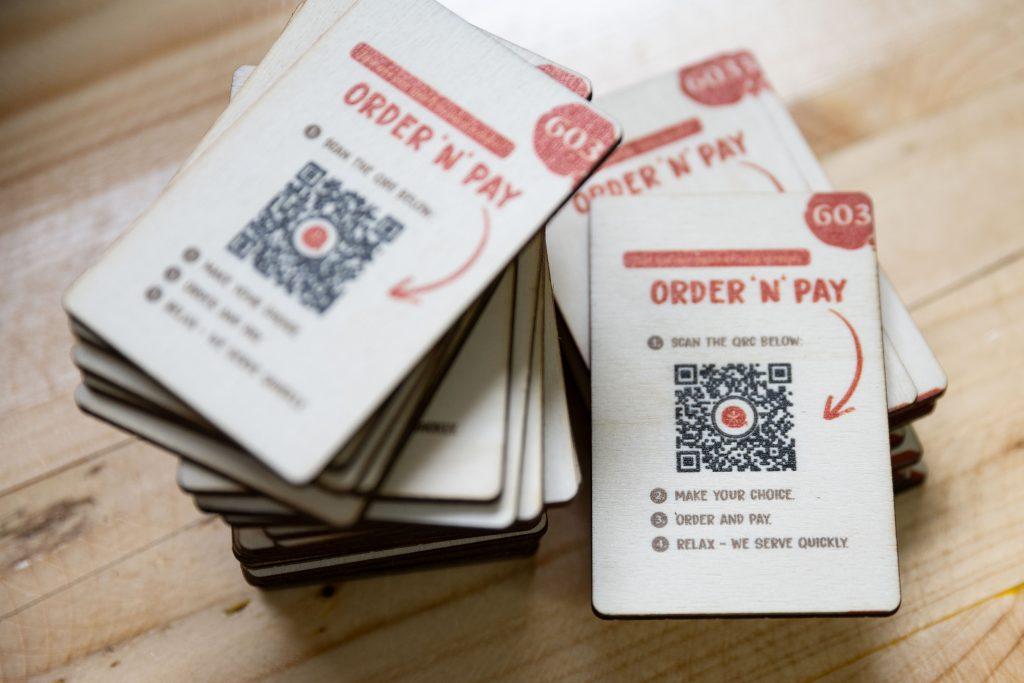 QR-Code Karten aus Pappelholz